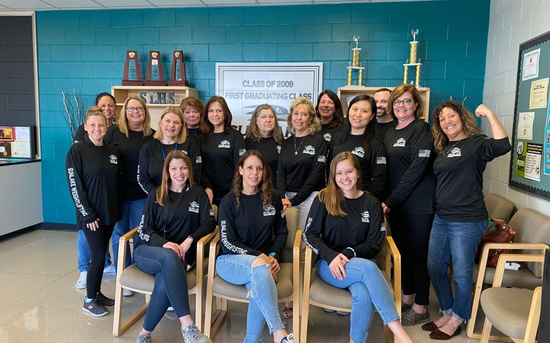 The Sunlake student services team is proud to support our STATE champion lady weightlifters and coach Denise Garcia. It's great to be a SEAHAWK!